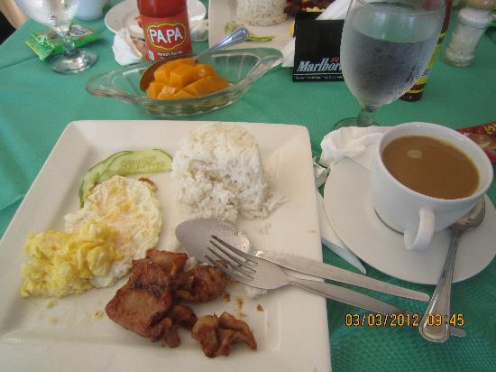 Paras Beach Resort: free breakfast