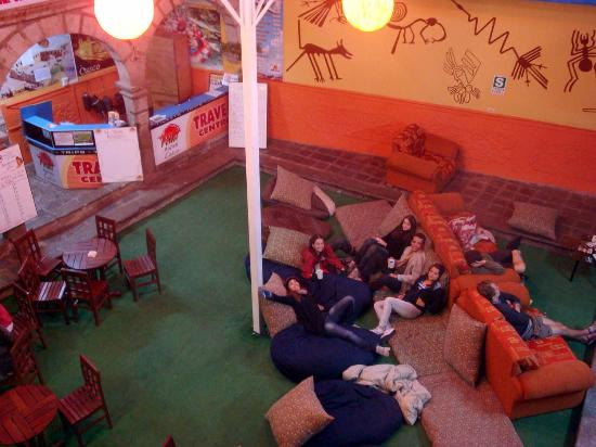 The Point Hostels - Cusco: Patio central do albergue