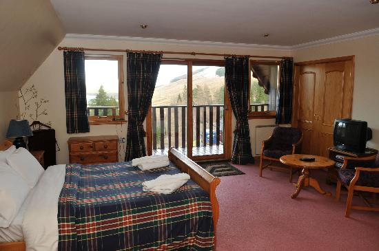 Ghillies master bedroom picture of portnellan crianlarich