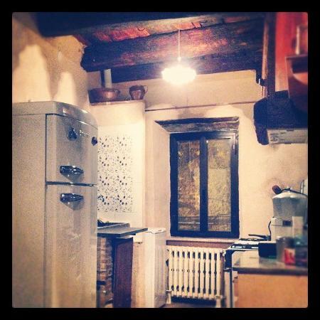 La Preta Nera: La cucina: atmosfera antica