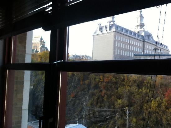 Hotel Le Germain Quebec: vista do quarto