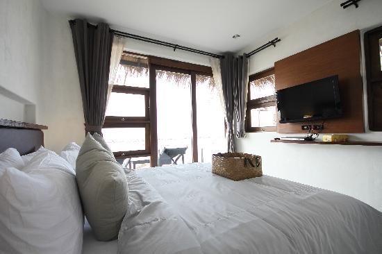 Lazy Day's Samui Beach Resort: Room @ Beachfront Bungalow 2