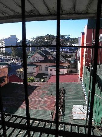Paladin Hotel: 窓の外の風景