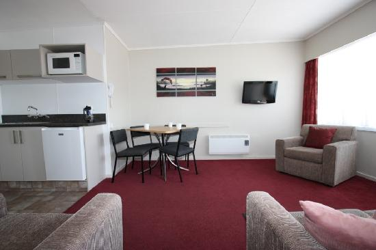 Comfort Inn Tayesta: Two bedroom Lounge