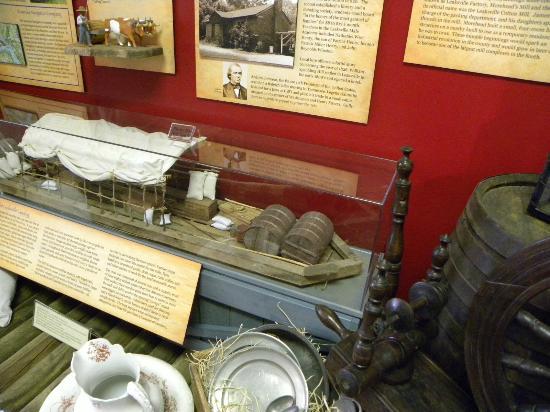 Eden, Caroline du Nord : Two Rivers Run Through it Exhibit
