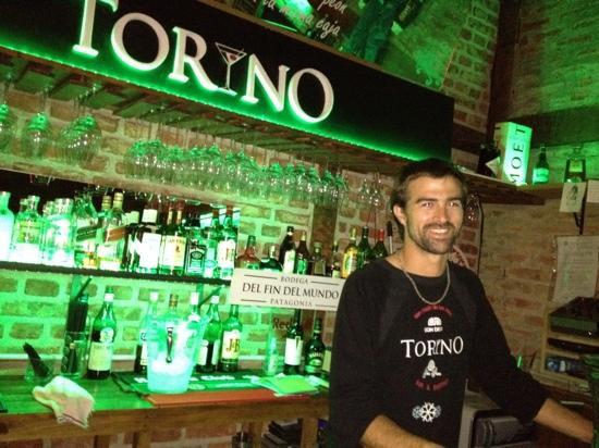 Torino Bar Bistro: bartending!!!