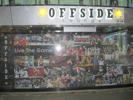 Offside Lounge: Sports Facade