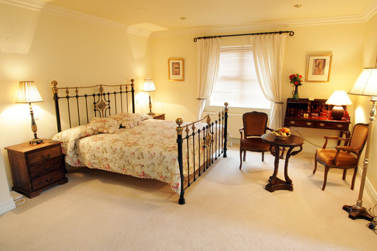 Heaton's Guesthouse: Luxurious Deluxe room