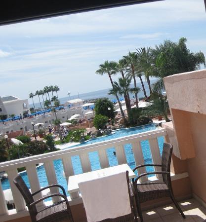 Sol Sun Beach Apartamentos: выход на балкон