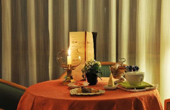 Tee Room Hotel Miramonti