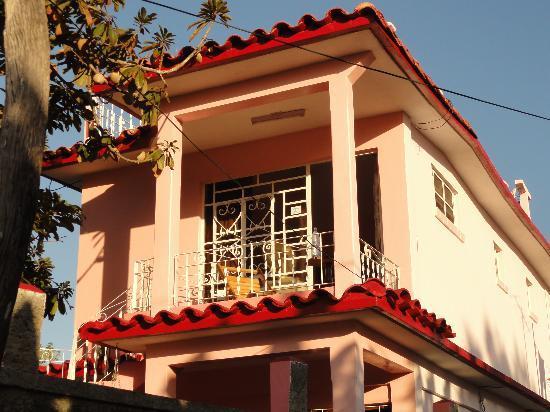 Casa Particular Ridel y Claribel: Terrasse et entrée de la chambre