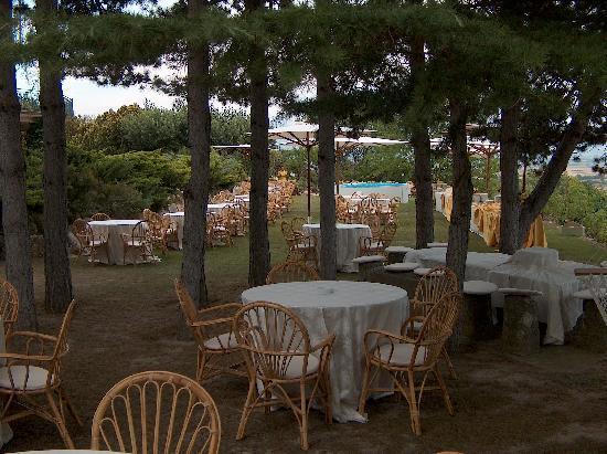 Ristorante Al Castello: Il giardino