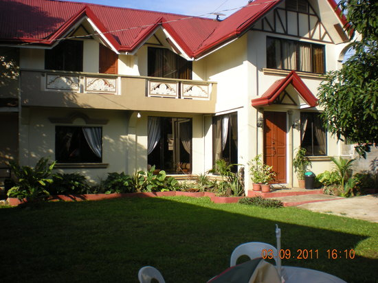 Bay Natuh Bed and Breakfast