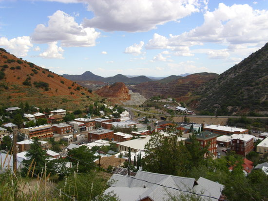 Bisbee's Table: Copper Town nestled In