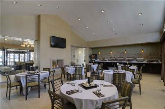 BEST WESTERN PLUS Antioch Hotel & Suites: Social Events & banquets event space for up to 48 guests