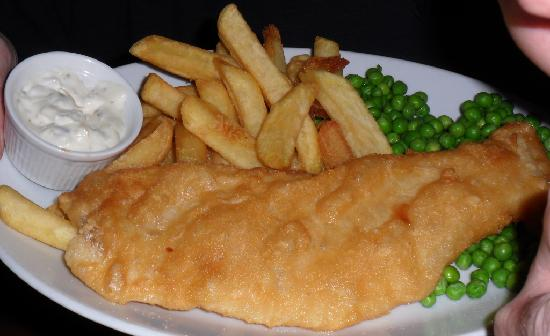 Smugglers' Den Inn: good ole fish and chips