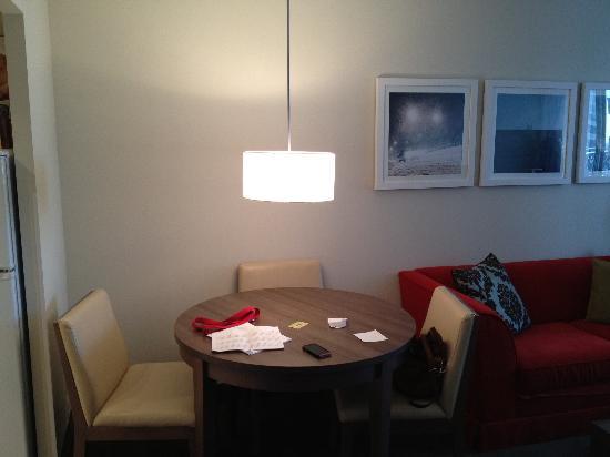 Residence Inn Montreal Westmount: pour manger