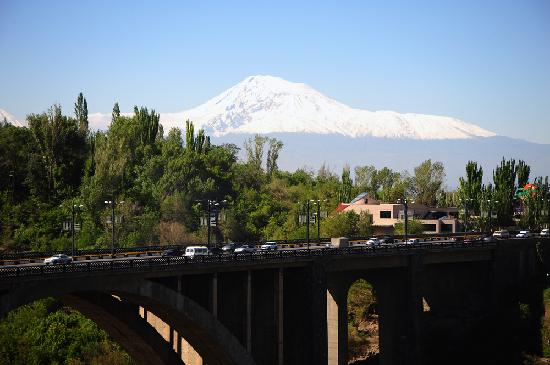 Olympia Hotel: View from the balcony Mnt. Ararat