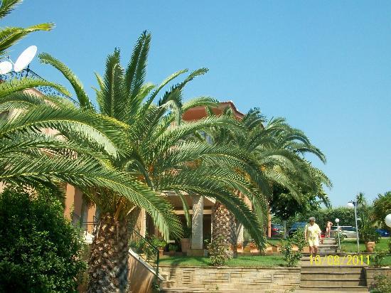 Oceanview Beach Hotel: hotel