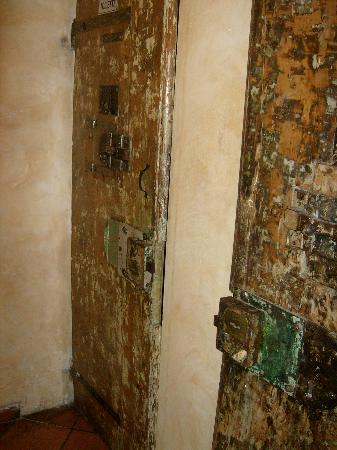 Le Carceri: porta toilette