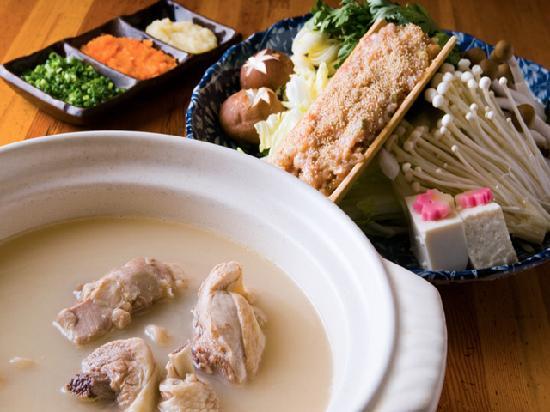 Hanafubuki: 濃厚・白濁の地鶏の水炊きはグルメの方に大人気