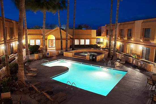 Best Western Green Valley Inn : Oasis in the Desert