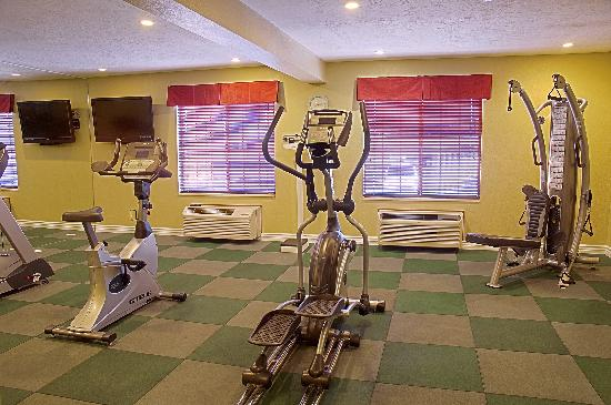 Best Western Green Valley Inn : 24 HR Fitness Center