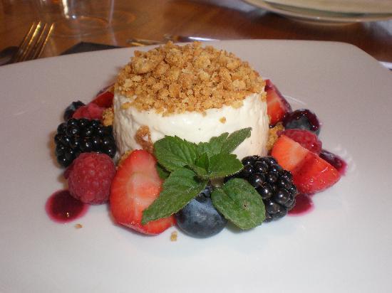 The View Restaurant: cheesecake