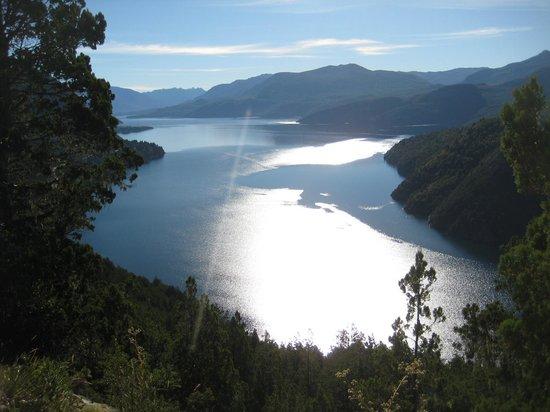 San Martín de los Andes, Argentina: Lago lacar desde Circuito Arrayan