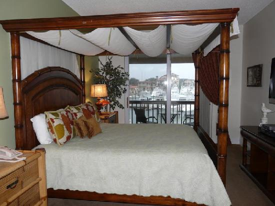 Inn at Camachee Harbor: Harbor View room