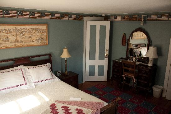 The 1720 House: Americana Room