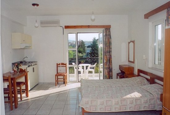 Niriis Hotel: 3-bed apartment.