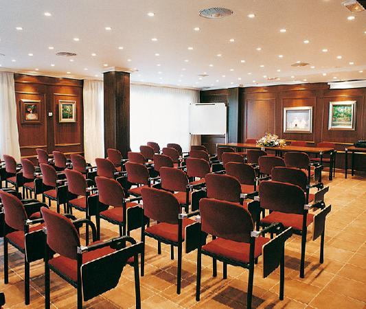 Los Abetos: Sala de reuniones y congresos