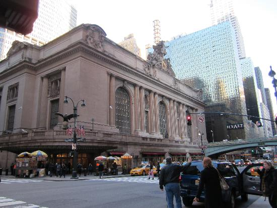 Grand Central Food Court Hours