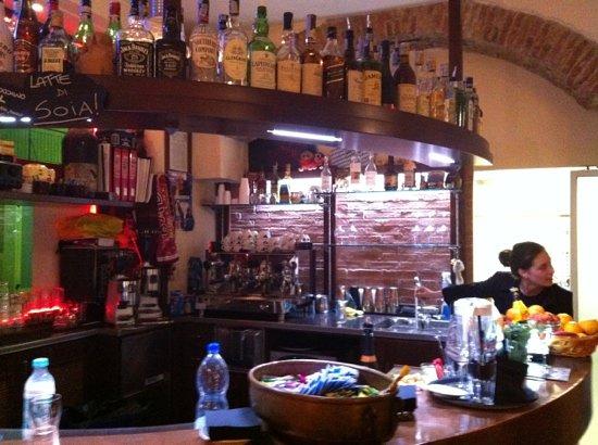 Ristorante angolo 48 in genova con cucina italiana for Cucina 9 genova