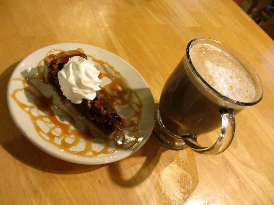 Door County Coffee and Tea Co.: Homemade Desserts and Great Lattes