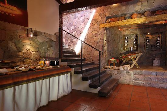 Foto de las terrazas hotel boutique tilcara desayunador - Cavas de vino para casa ...