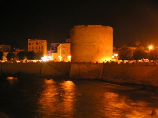 B&B Istentales : Alghero by night