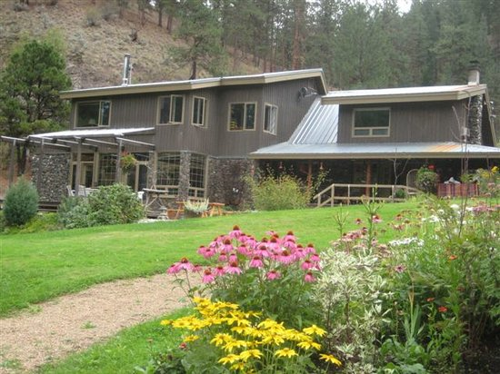 Mountain Springs Nature Retreat Lodging: MOUNTAIN SPRINGS