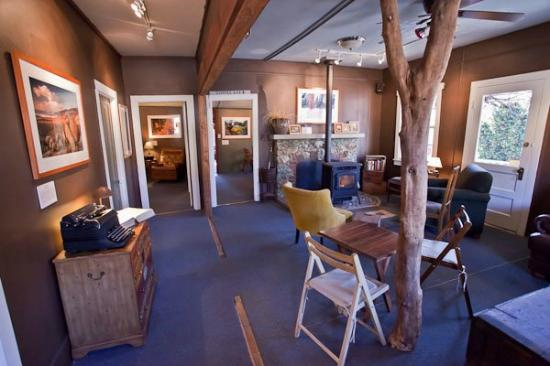 Mountain Sage Cafe: Newly renovated interior!