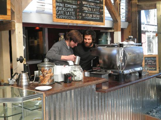 Mountain Sage Cafe: new owners, new bar