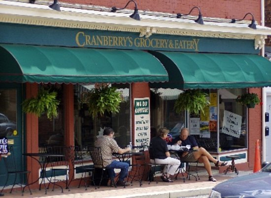 Cranberry's Grocery & Eatery: Come see us!