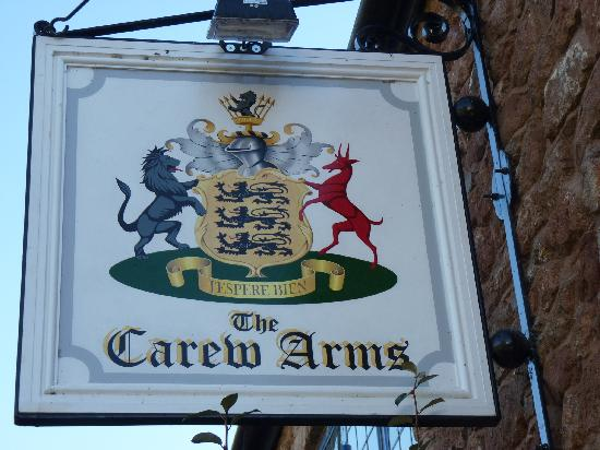 The Carew Arms coat of arms.  The pub used to be called The Three Lions