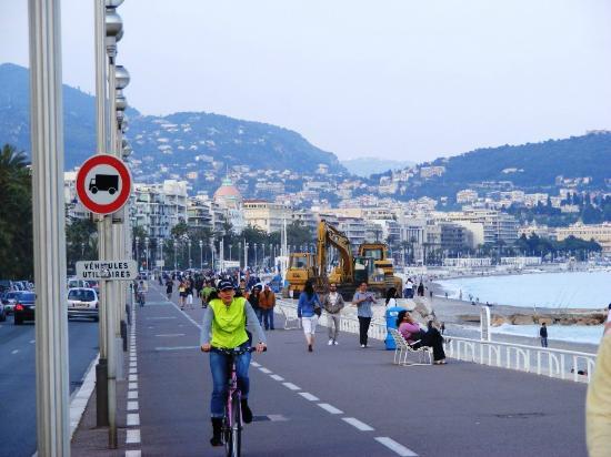 Trains touristiques de Nice : T4