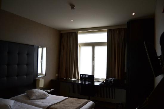 Hotel Chambord: habiración 01