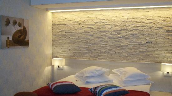 Ioana Hotel: room 105