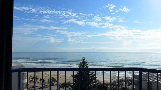 Surfers Paradise Beach : From our balcony