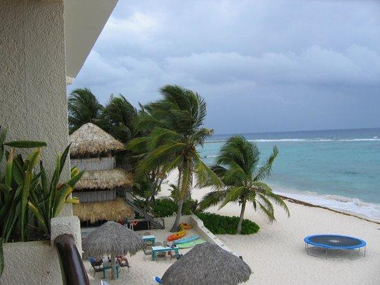 Villas DeRosa Beach Resort: Paradise Found