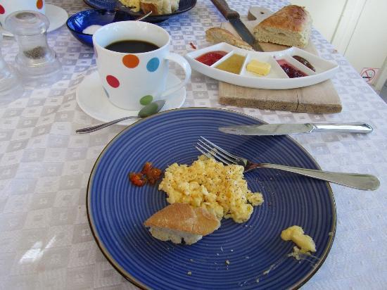 El Punto Hotel: El Punto breakfast