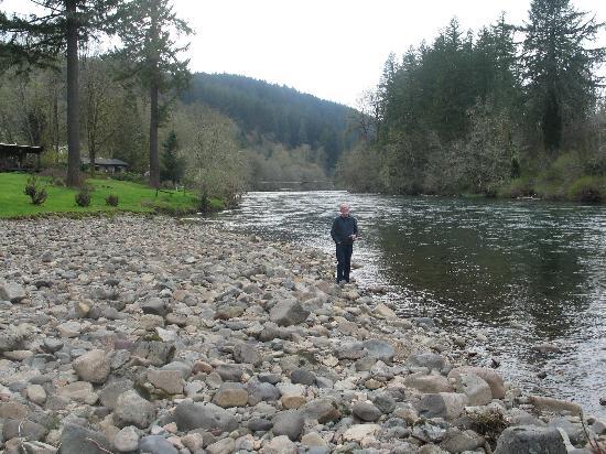 The Wayfarer Resort: The river headed toward the sea